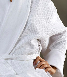 CASTELLO Diamond Shaw Collar Bathrobe White