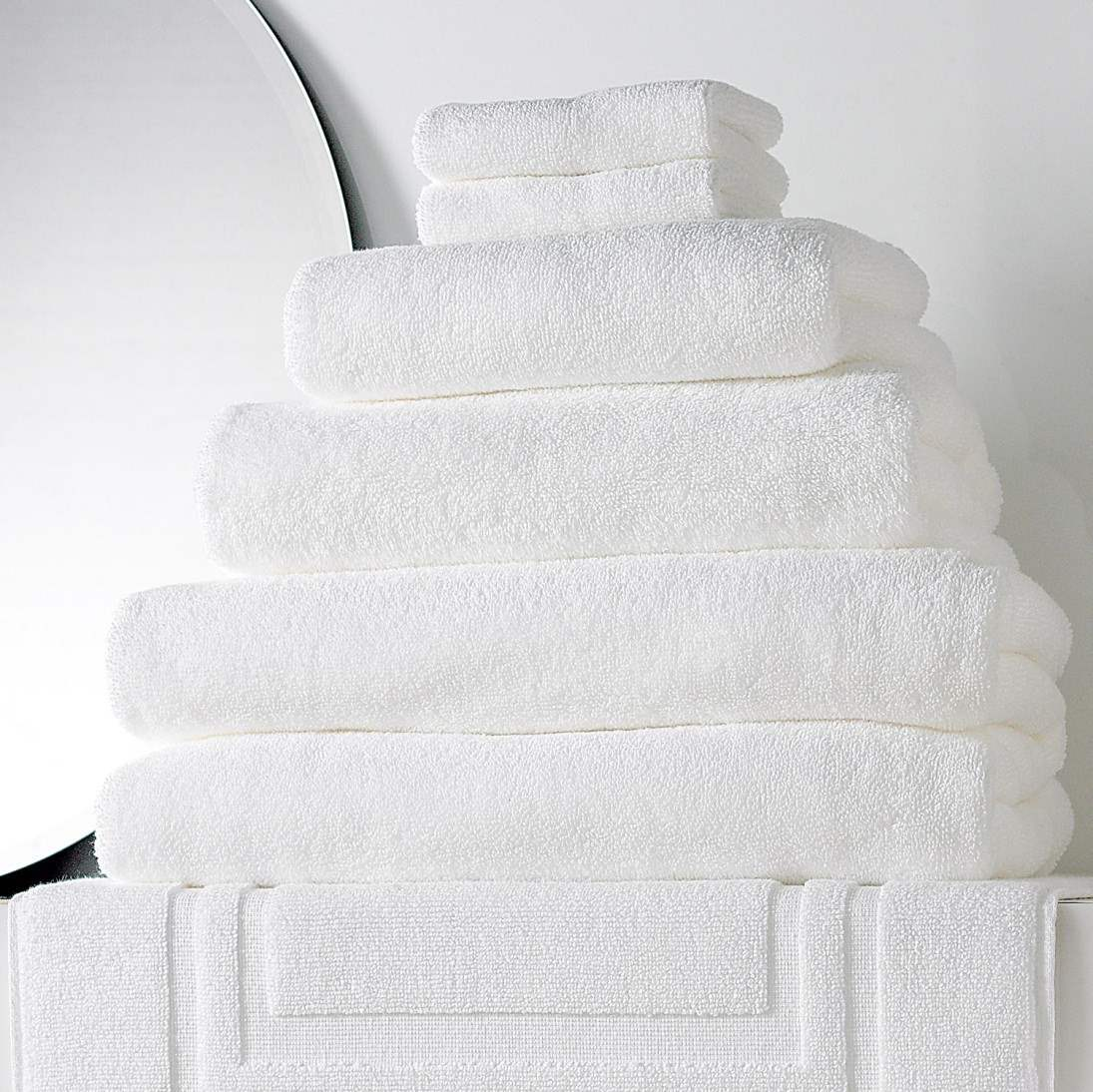 Towels Bath 700Gsm Plain